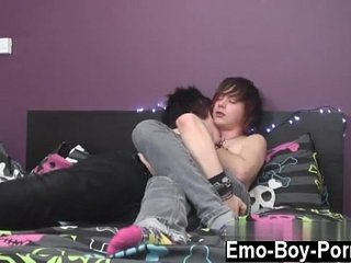 Emo gay free porn webcam Resident Model and Fuck Machine Kevin Nash